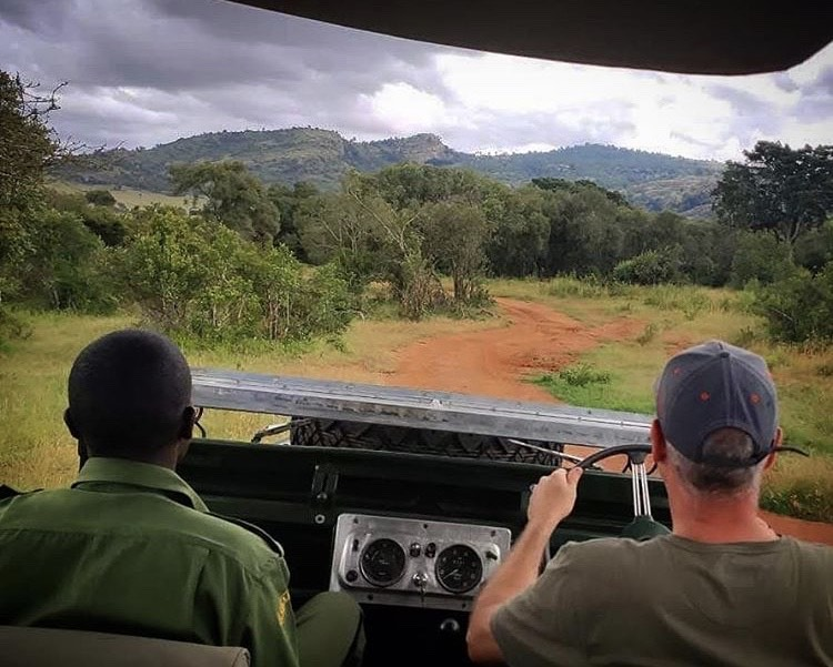 Safari with a self-drive Land Rover in East Africa, Kenya.