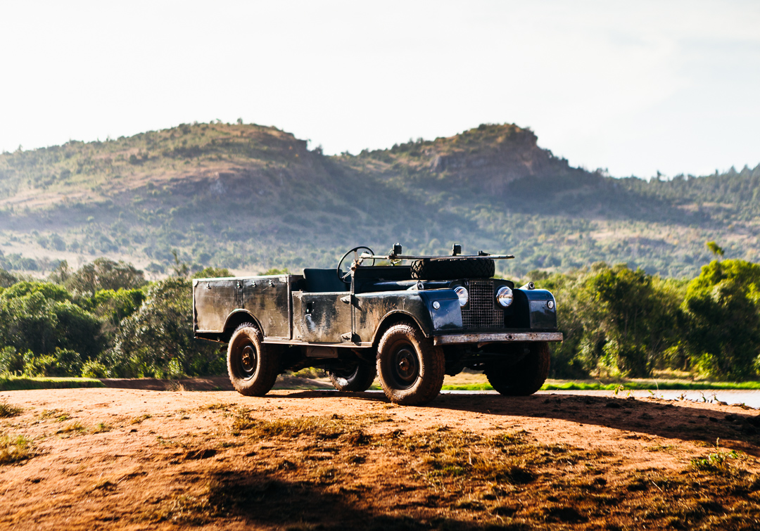 Land Rover Hire in Africa, Land Rover Safari in Series Land Rover