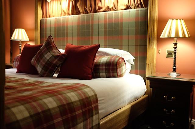 Scottish Honeymoon Suites, Mackay at Bunchrew House