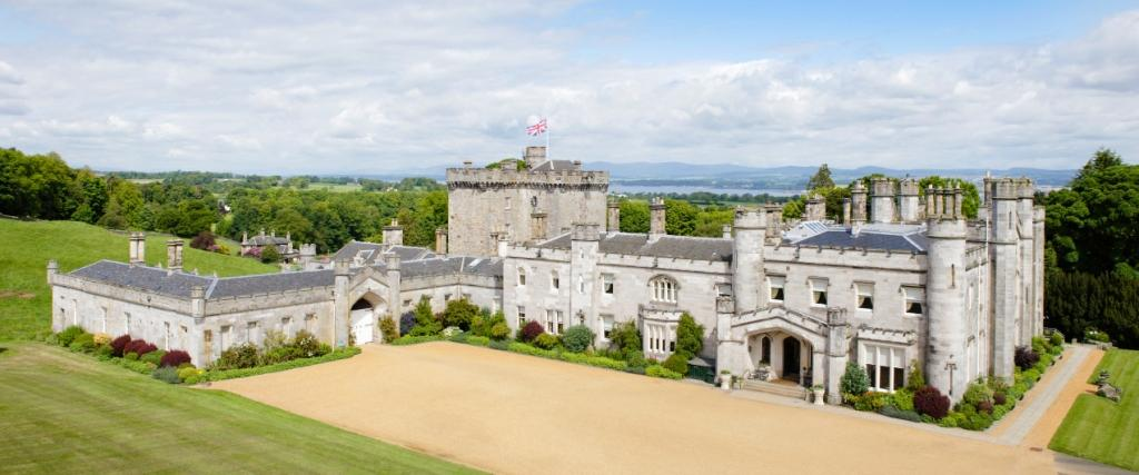 Rent a Castle in Scotland for your Summer 2021 Staycation