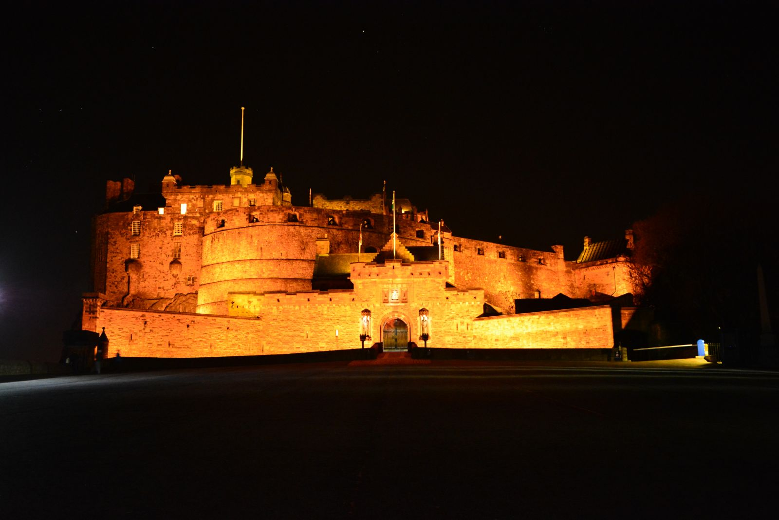 Edinburgh Castle by night - private tours of Edinburgh