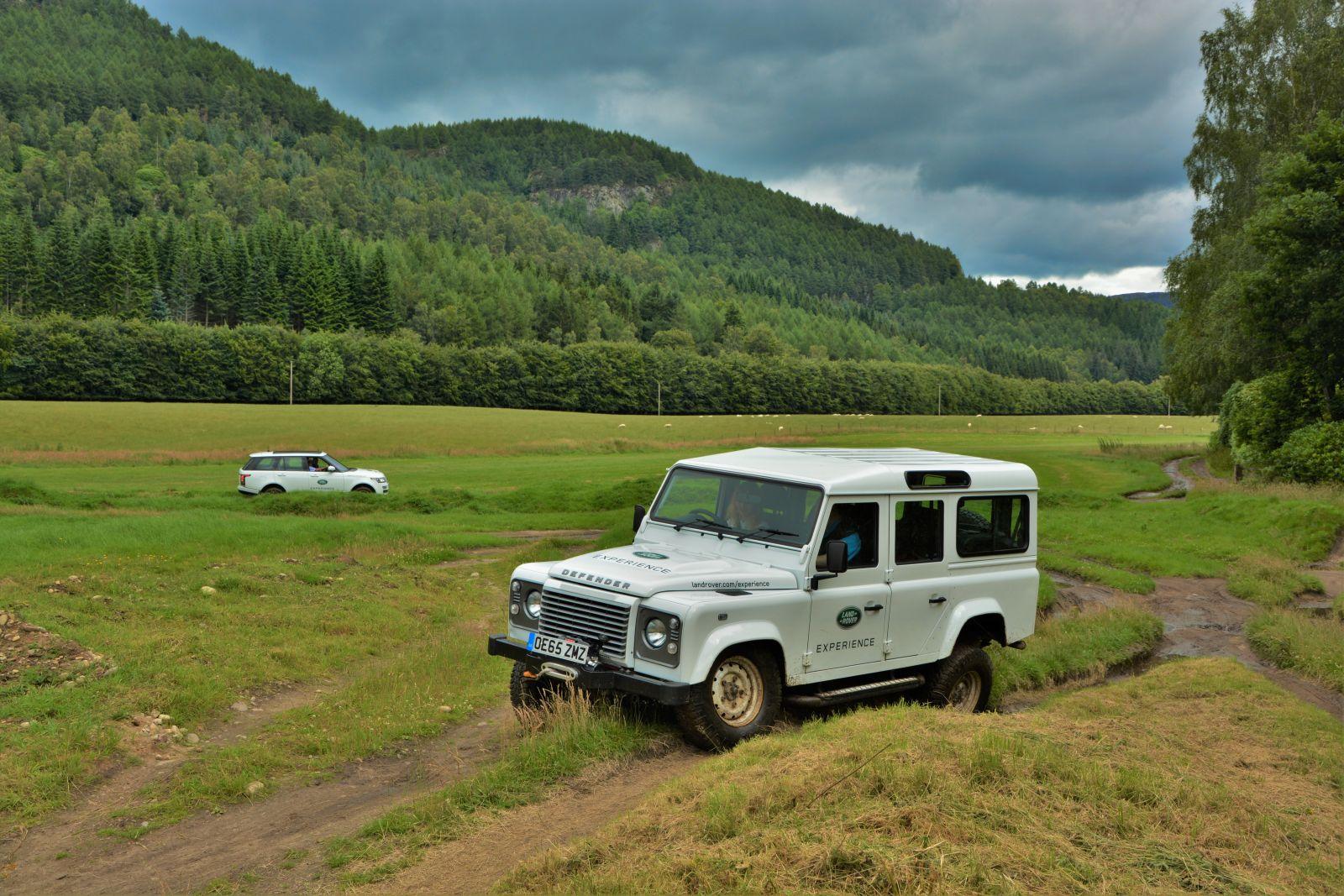 Land Rover Experience Centre Scotland Defender Ranger Rover